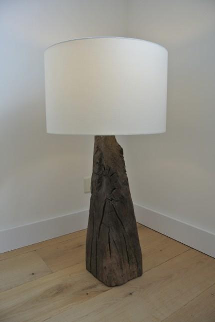 Staande lamp van meerpaalkop