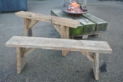 Side table van oud eiken